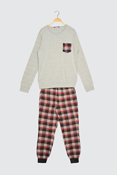 Kırmızı Ekoseli Dokuma Pijama Takımı THMAW21PT0358