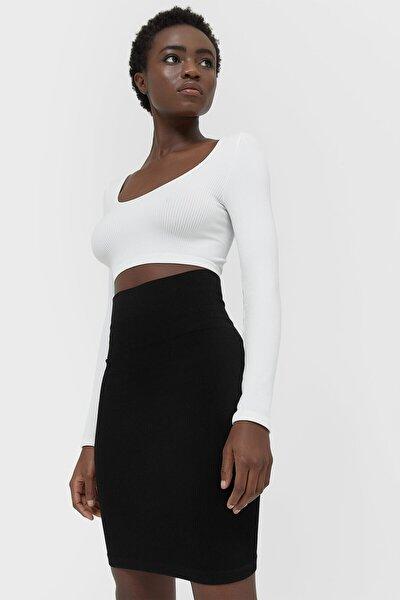 Kadın Siyah Dikişsiz Mini Etek 01325622