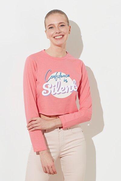 Pembe Baskılı Crop Örme T-Shirt TWOSS21TS0062