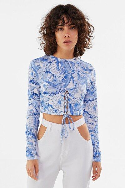 Kadın Mavi Pencere Detaylı Desenli T-shirt