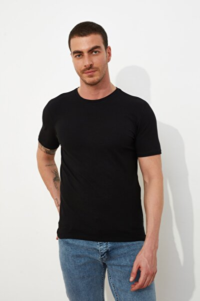 Siyah Basic Erkek Muscle Fit Bisiklet Yaka Kısa Kollu T-Shirt TMNSS21TS0809
