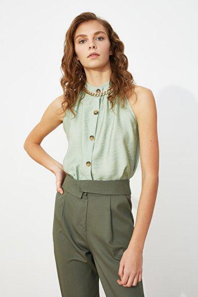 Mint Kemik Düğme Detaylı Bluz TWOSS19GK0054