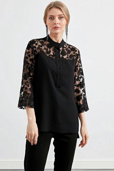 Kadın Roba Ve Kollar Yakma Desenli Gömlek