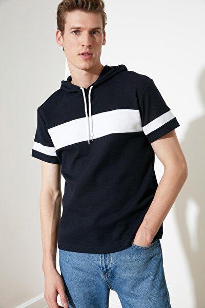 Lacivert Erkek Regular Fit Kapüşonlu  T-Shirt TMNSS21TS1018