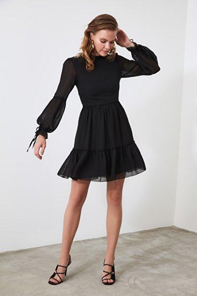 Siyah Büzgü Detaylı Elbise TWOAW20EL0345