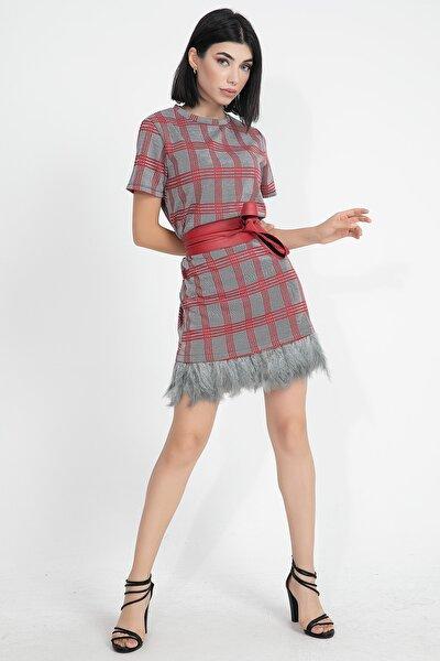 Eteği Tüylü Ekoseli Kadın Mini Elbise