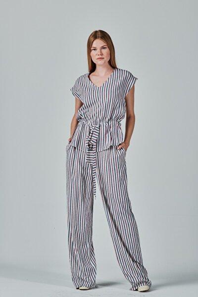 Kadın Ekru Belden Büzgülü V Yaka Çizgili Bluz ve Pantolon Set