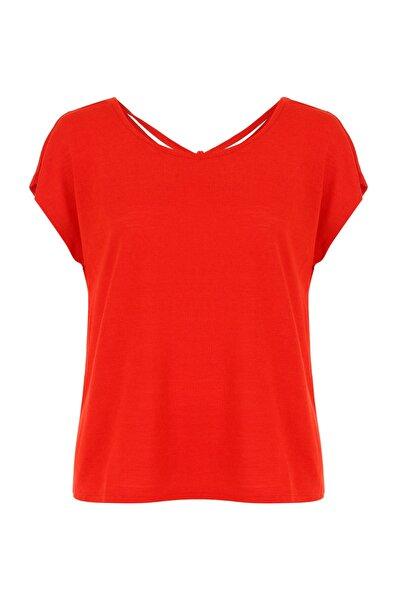 Kadın Kırmızı Arkası Büzgülü T-Shirt 383607