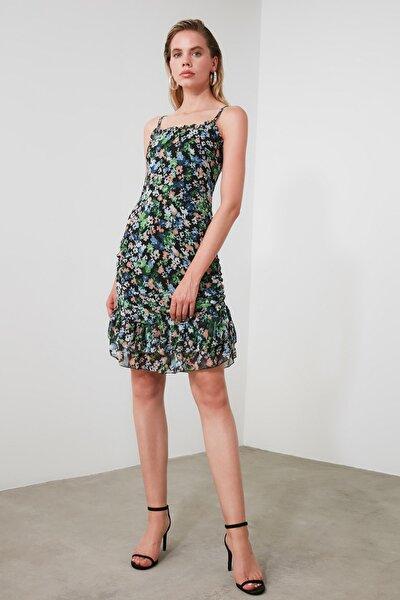 Çok Renkli Çiçek Desenli Büzgü Detaylı Elbise TWOSS20EL2933
