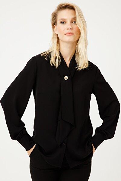 Kadın Siyah Kravat Yaka Bluz