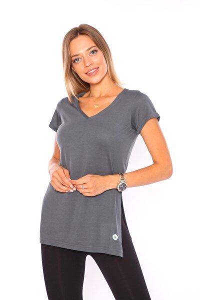 Kadın T-Shirt V Yaka Yırtmaçlı - SS-5302