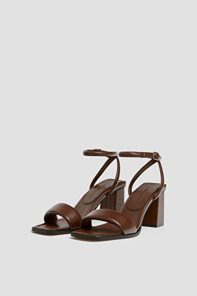 Kadın Kahverengi Dolgulu Bantlı, Topuklu Sandalet 11606740