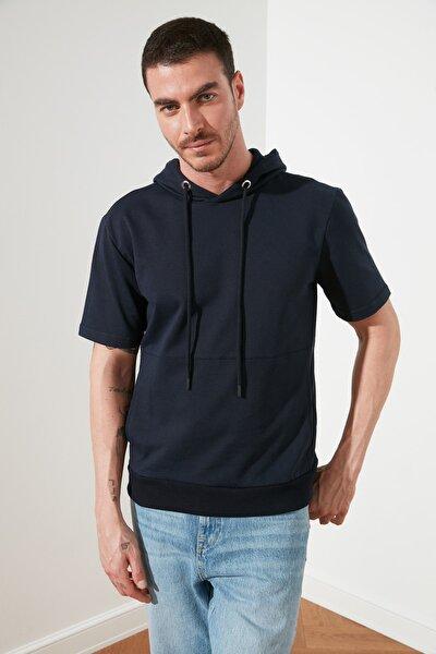Lacivert Erkek Regular Fit Kısa Kollu Kapüşonlu Sweatshirt TMNSS21SW0211