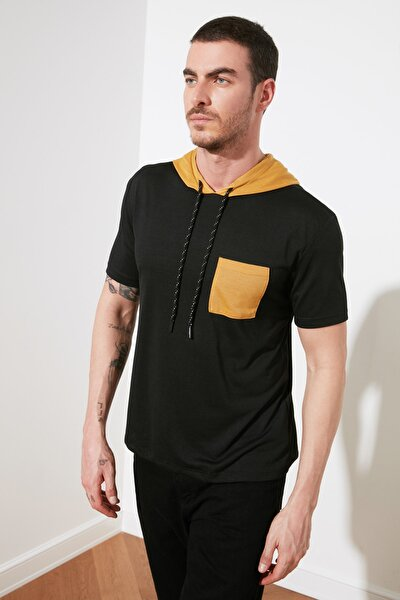 Siyah Erkek Kapüşonlu Garnili Regular Fit T-Shirt TMNSS20TS0028