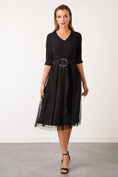 Kadın Siyah V Yaka Piliseli Elbise
