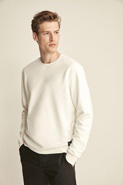 Travıs Beyaz Renk Bisiklet Yaka Sweatshirt