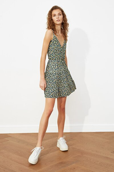 Çok Renkli Desenli Kruvaze Örme Elbise TWOSS21EL1554