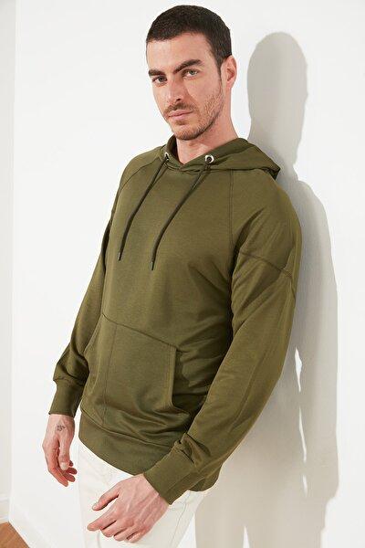 Haki Erkek Regular Fit Uzun Kollu Kapüşonlu Sweatshirt TMNSS21SW0212