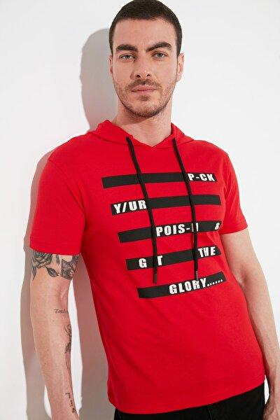 Kırmızı Erkek Slim Fit Baskılı Kapüşonlu T-Shirt TMNSS20TS1098