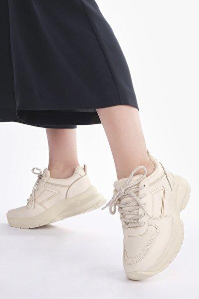 Kadın Bej Sneaker Dolgu Topuk Spor Ayakkabı Besri