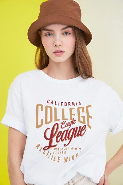 Beyaz Baskılı Boyfriend Örme T-Shirt TWOSS21TS0628