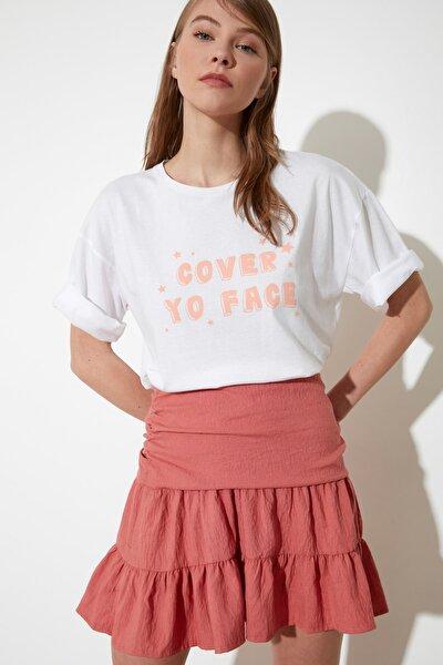 Beyaz Baskılı Loose Örme T-Shirt TWOSS21TS1097