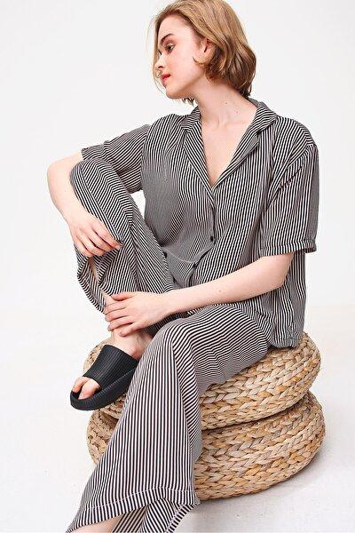 Kadın Bej Yakalı Dokuma Pijama Takım ALC-X5895