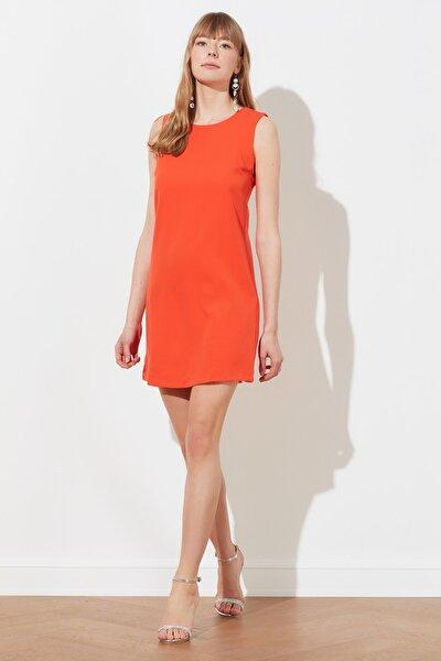 Nar Çiçeği Basic Kolsuz  Elbise TWOSS19FG0063