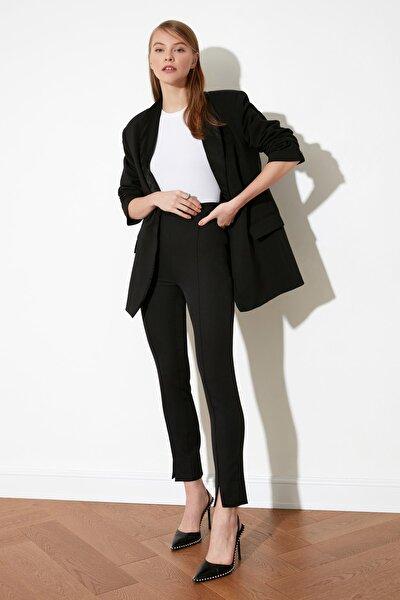 Siyah Paça Detaylı Pantolon TWOAW21PL0517