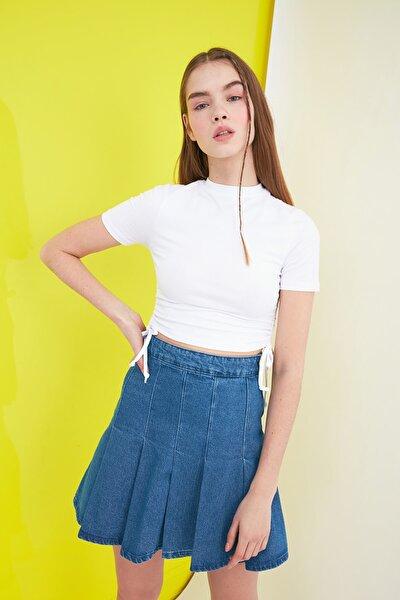 Beyaz Büzgülü Örme Bluz TWOSS21BZ0180