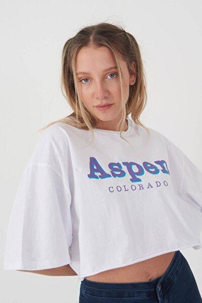 Kadın Beyaz Baskılı Kısa T-Shirt P0931 - E2 Adx-0000022222