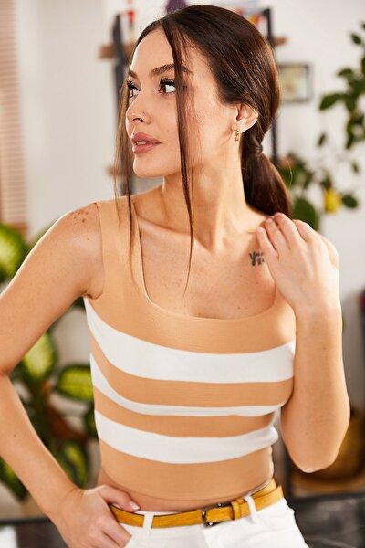 Kadın Bej Kalın Askılı Kare Yaka Çizgili Bluz ARM-21K011009