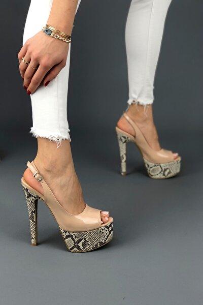 Kadın Ten Rugan Yüksek Topuklu Arkası Açık Klasik Ayakkabı