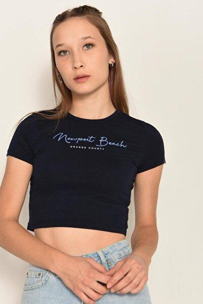 Kadın Laci Yazı Detaylı Kısa T-Shirt P0991 - K9K10 Adx-0000022472