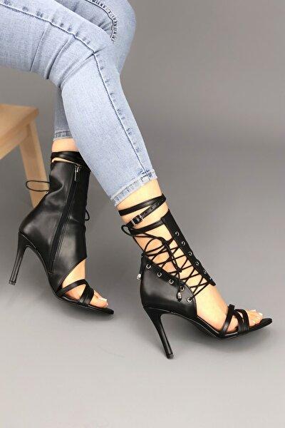 Kadın Siyah Deri Cilt Bağcıklı Topuklu Ayakkabı