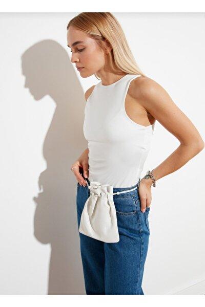 Kadın Beyaz Giyim Halter Yaka Çıtçıtlı Kolsuz Badi