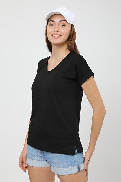 Kadın Siyah V Yaka Yırtmaç Detaylı Basic T-shirt