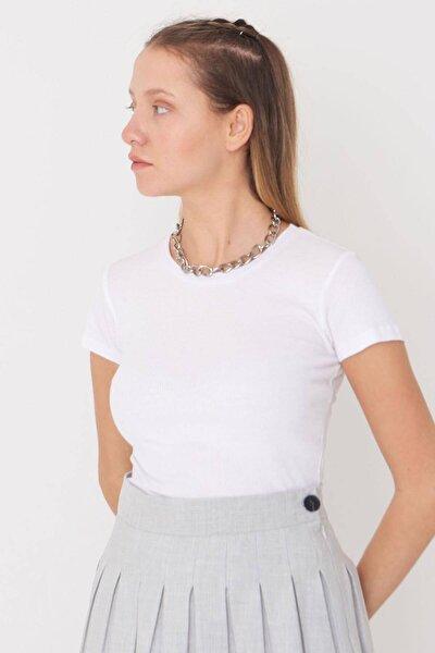 Kadın Beyaz Bisiklet Yaka Tişört P0258 - X2 Adx-00009795
