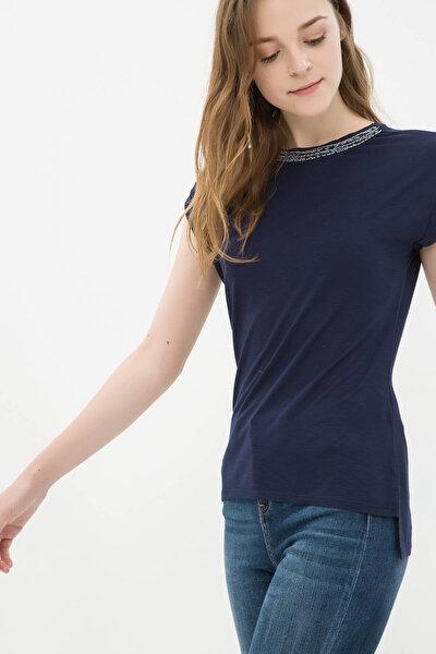 Kadın Lacivert T-Shirt 6YAK13961EK