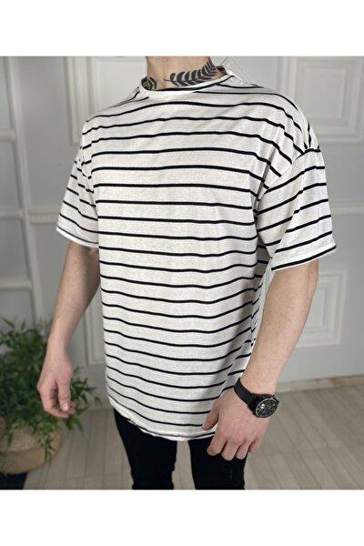 Erkek Beyaz Çizgili Oversize Tişört