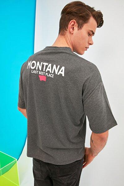 Antrasit Erkek Oversize Bisiklet Yaka Kısa Kollu Baskılı T-Shirt TMNSS21TS1794
