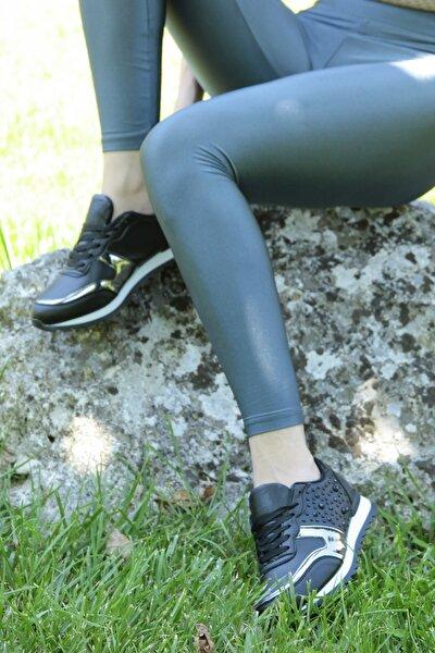 Kadın Siyah Sneaker 140056