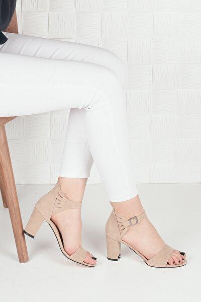 Kadın Bej Süet Topuklu Ayakkabı