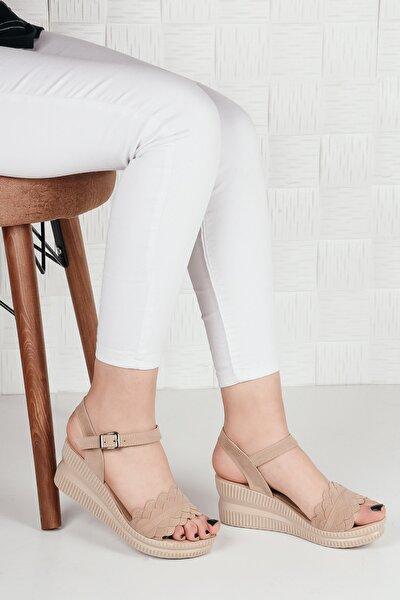 Kadın Bej Dolgu Topuk Sandalet