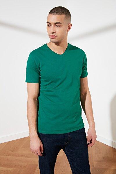 Yeşil Basic Erkek Slim Fit V Yaka Kısa Kollu T-Shirt TMNSS19BO0002