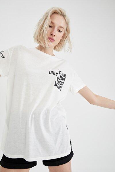 Slogan Baskılı Oversize Fit Yırtmaç Detaylı Kısa Ko Tişört Tunik