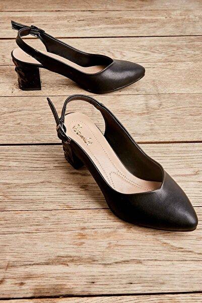 Siyah Kadın Klasik Topuklu Ayakkabı K01688071109