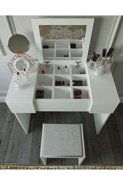 Beyaz Makyaj Masası ve Puf