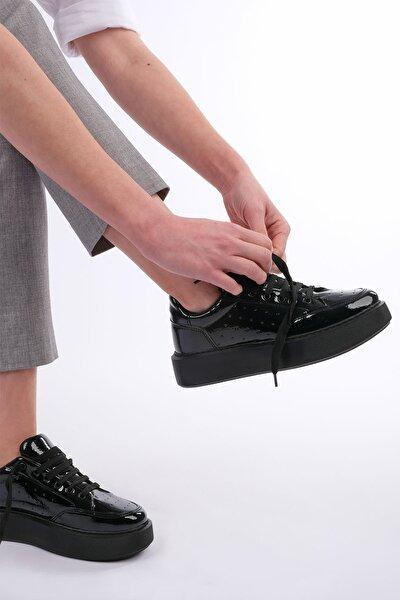 Kadın Siyah Rugan Kalın Taban Sneaker Ayakkabı Azin