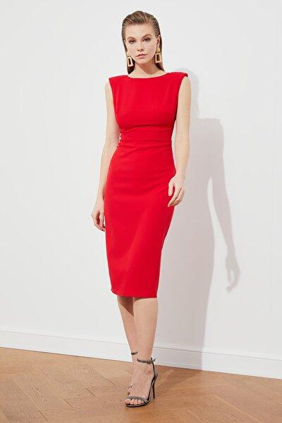 Kırmızı Sırt Detaylı Elbise TPRSS21EL0770